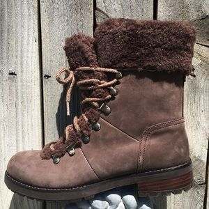 NWT UGG Fraser Shearling Lined Boot Brown 8.5